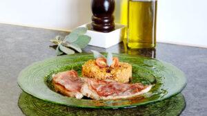 Kalbs-Saltimbocca mit Oliven-Bulgur
