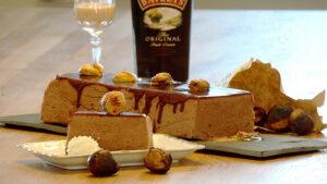 No-Bake-Kuchen aus Marroni, Schokolade und Baileys
