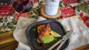 Pulpo geschmort in Rotwein mit Süsskartoffel-Püree