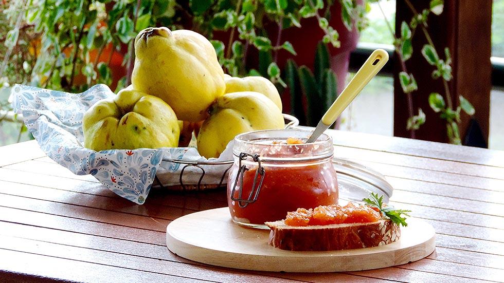 Hausgemachte Quitten-Marmelade mit Ingwer